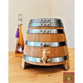 Small oak barrels on legs for distillates_EXCLUSIVE