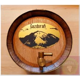 Decoration of wooden barrels_ metal plaques